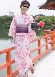 10musume 080415_01 公园的浴衣色白美肌素人