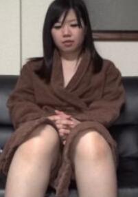 10musume 120215_01 童颜娘精液注入