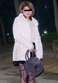10musume 041216_01 夜晚兼职归来的素人娘搭讪