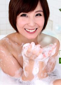 1Pondo 050616_294 短发魅力美女的高级香皂浴